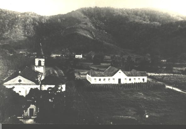 Hospital e Antiga Igreja