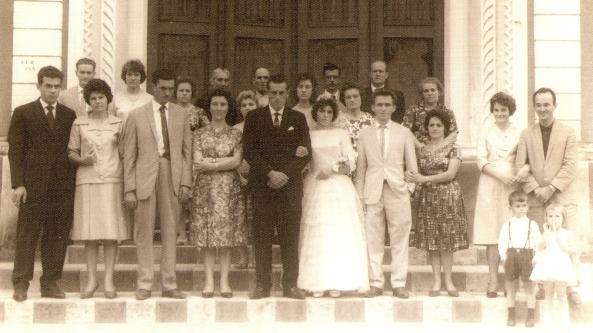 Casamento de Gil Claudio Zanluca e Marta Henriqueta Darós e seus familiares – 1963