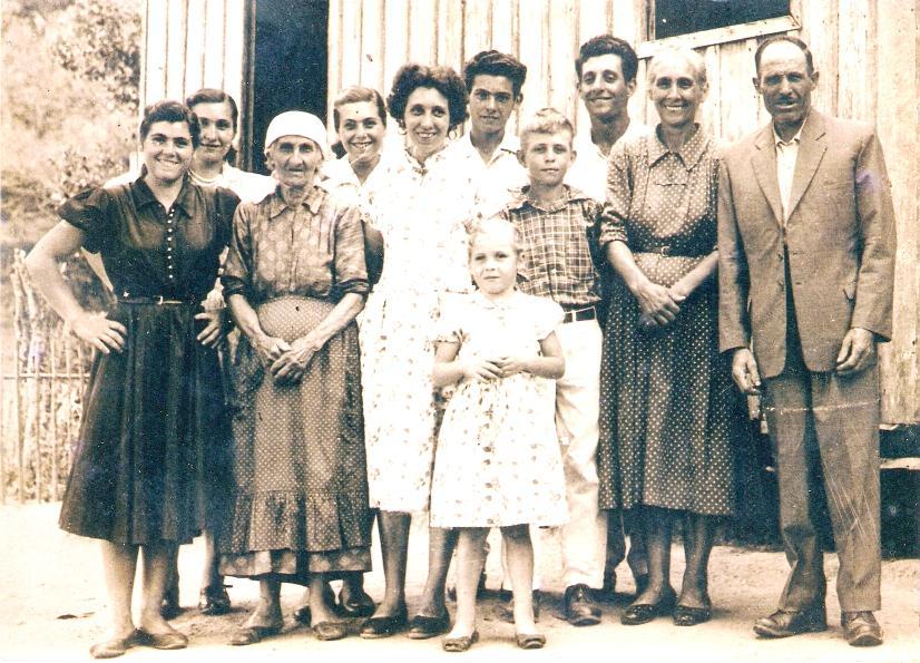 Nova Trento - Família Darós – Ponta Fina -1958