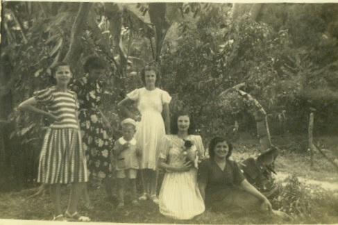 álbum da família Salvador e Maria do Carmo Maçaneiro Cadorin