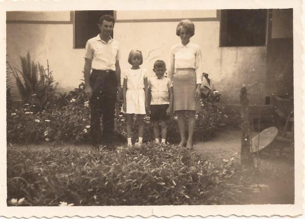 Família Tomio