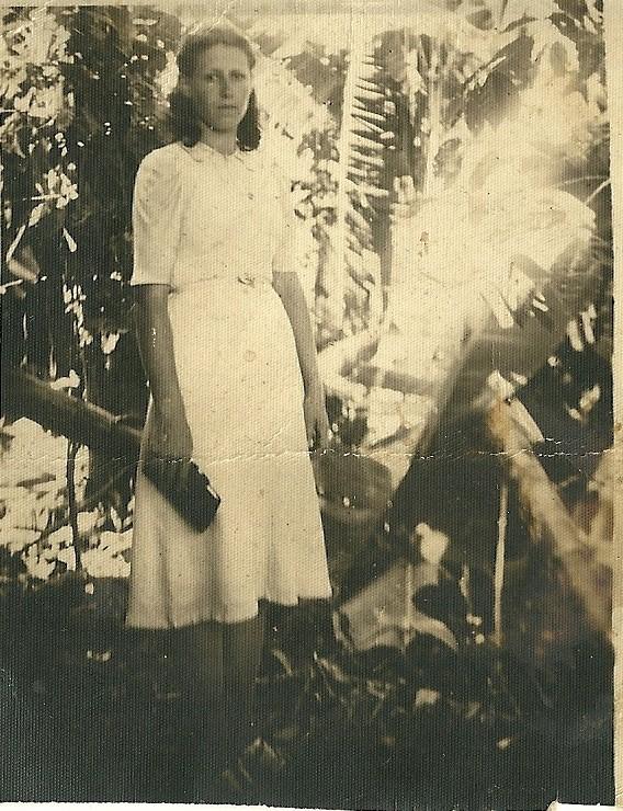 Sunta Demonti, irmã de Maria Demonti